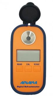 Digital hand refractometer (0-95° )